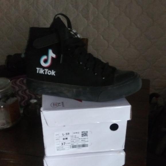 Converse Shoes | Tik Tok Shoes 2 Pair
